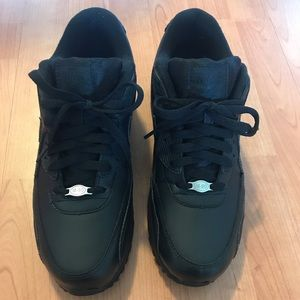 Men's Nike Air Max 90 leather shoes size 9